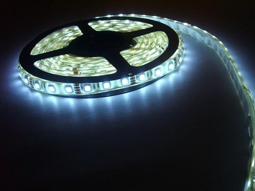Fotografie LED páska SMD5050, studená bílá, 12V, 1m, IP68, 60 LED/m