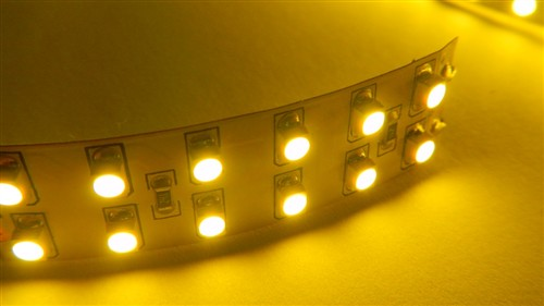 Fotografie LED páska SMD3528, teplá bílá, 24V, 1m, 240 LED/m