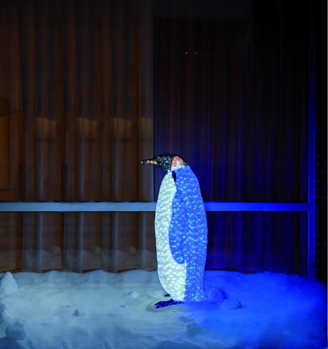 LED tučňák královský, samice (1272 LED diod)
