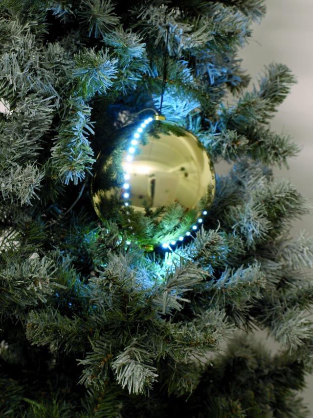 Sněhové LED koule, 15 cm, zlatá, 1 ks