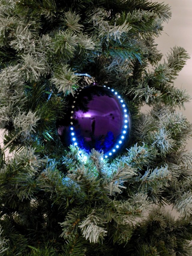Sněhové LED koule, 15 cm, fialová, 1 ks