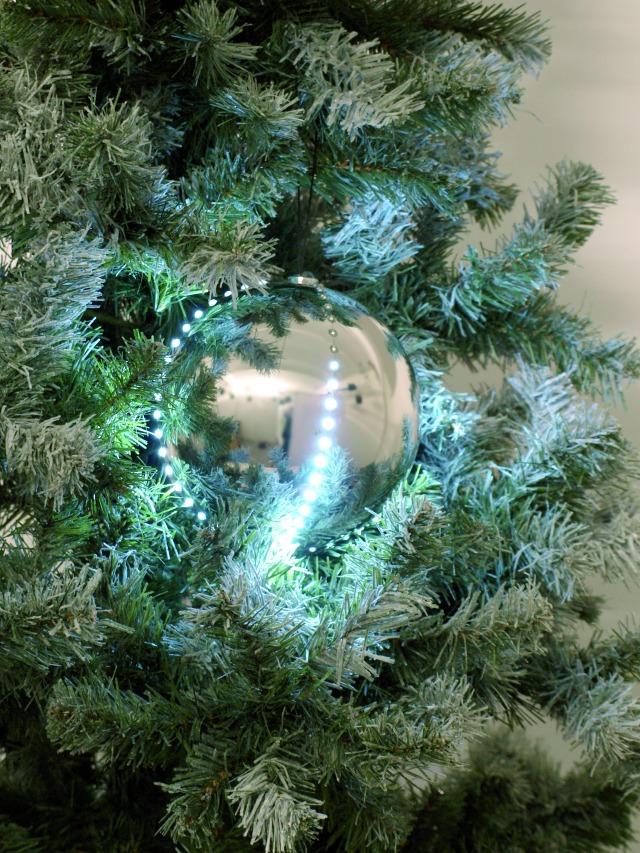 Sněhové LED koule, 15 cm, stříbrná, 1 ks